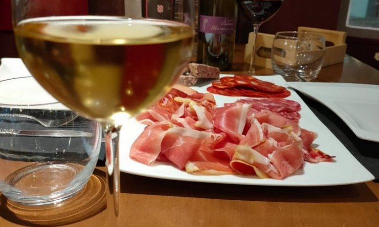 La Table du Sommelier Dégustation et vente de vin Castres